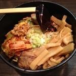 麺や鐶 - 納豆キムチ油めん メンマ