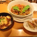 12387195 - 海老とアサリのトマトソース麺+餃子・坦々ご飯