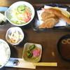 炉ばた風割烹 たぬき - 料理写真:ミックスフライ定食