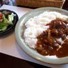 カフェ・アルカネット - 料理写真:「ハッシュドビーフ」(800円) ミニサラダ付