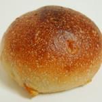東風 - オレンジピールのパン(\100、2012年3月)