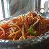 ふくろうの森 - 料理写真:自家製トマトソースで作るナポリタン