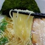 三代目麺処まるは極 - 麺は細麺