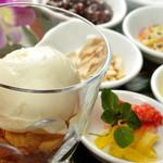 アジアン バンブーン - タイのアイスクリーム屋さん