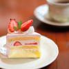プチ・ラパン - 料理写真:イチゴのショート