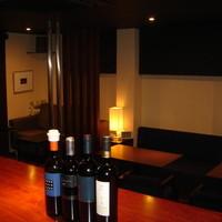 イタリア産をはじめ各種ワインを豊富に取り揃えております。