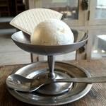 ミンカ - メイプル味のアイスクリーム