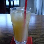 アシエンダ・カフェ - フルーツジュース 500円ぐらい(多分です)