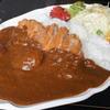 赤い館エルピア - 料理写真:カツカレー