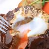 レストラン マ・メゾン - 料理写真:大きな大きなハンバーグ とろ~り卵とデミグラスソースがたまらん