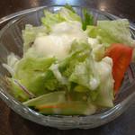 豚八 - セットのサラダ