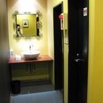 エルカミーノ - 【2012-04-15】2Fのトイレ