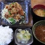 バンビの串揚げ - 和風おろしの若鶏空揚げ定食