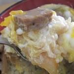 にじいろ食堂 - 出汁と玉子の半熟具合いがベスト