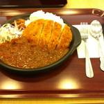 マーノ マッジョ グリル - とんかつカレー(800円)