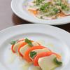 カフェ クルー - 料理写真:【カプレーゼ】と【タコのカルパッチョ】