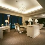 ホテル ラ・スイート神戸ハーバーランド - 全客室は70平米以上&テラス付オーシャンビュー