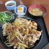よってや食堂 - 料理写真:豚丼 700円