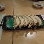 宇都宮餃子さつき  - 青しそ餃子350円