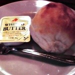 クチーナ・ボナペティ - パンとバター