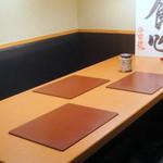 12803788 - 6人までのテーブル席♪