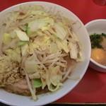 用心棒 本号 - ラーメン麺半麺カタ味薄目スキヤキかつ節そのままコール
