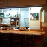 七里茶屋 - 桜三里時代と同じく、カウンター・小座敷席あり