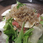 郷どり燦鶏 - じゃこと郷土漬物の季節野菜サラダ