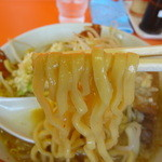 ラーメン まるみつ - 麺アップ