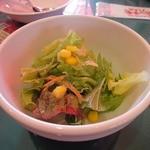 モッチモパスタ - セットのサラダ