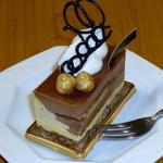 パティスリー フレジェ - 20120510_Sonが初給料で買ってきた記念ケーキ