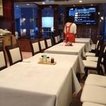霞舫飯店 - ここの他に宴会個室卓もあるようで広め