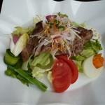 パローネ - サラダプレートランチ エゴマ豚肩ロースの網焼き