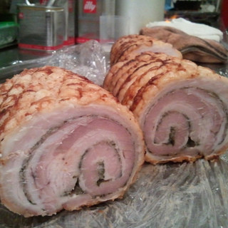 クオーレ・フォルテ - 料理写真:豚バラ肉のポルケッタ
