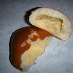 12933885 - クリームパンのクリーム量