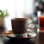 ケーズデリ - 手前はコーヒー