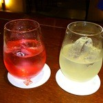 市場小路 - 赤い梅酒、子宝柚子酒