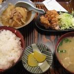 庄や - 肉豆腐と鶏の唐揚げセット。