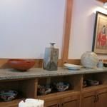 支那麺 はしご - おぉ~、素敵な陶器ですね。