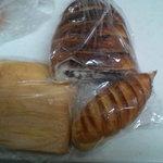ベーカリー パン ド ハッシュ - 食パンの耳サービス!
