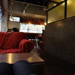 ブックオフカフェ 白金台店 - カフェの香りに包まれとります♪