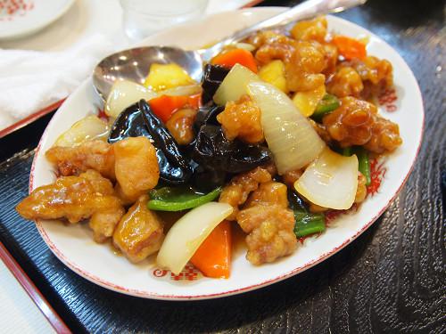 https://tabelog.ssl.k-img.com/restaurant/images/Rvw/13043/13043378.jpg