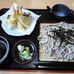 そばの華 - 天ざる(1300円)