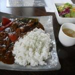 青い鳥のレストラン - 国産牛肉と野菜のカレーランチ 900円