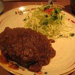 活魚 じゃがいも - 煮込みハンバーグ。ハンバーグ好きの私おすすめの一品!!\780