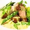 イルピーノ - 料理写真:「豚肉とアスパラのロースト グリーンマスタードソース《1460円》」・・・6月のオススメメニューです!