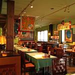 コメ・スタ - 雰囲気良い店内。<2012_05>