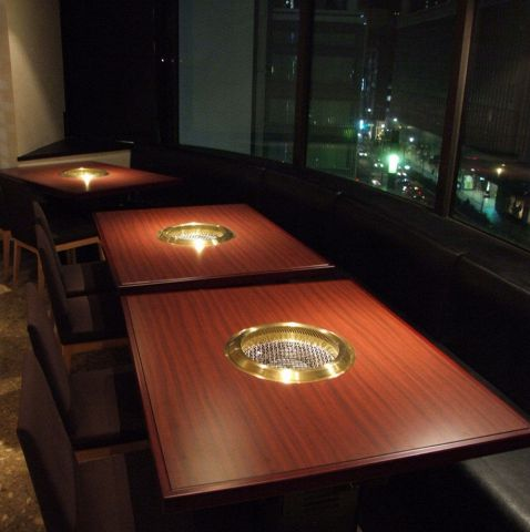 https://tabelog.ssl.k-img.com/restaurant/images/Rvw/13282/13282395.jpg