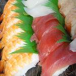 スシロー - 料理写真:お好みでFAX注文して持ち帰ったお寿司☆