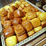 LA LOBROS PAN TABLE CAFE 渋谷ヒカリエ店 -